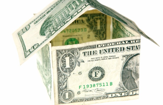 Does missing a payment ruin refinance eligibility?